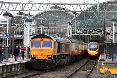 66747, Manchester Piccadilly, 1O95 - 30/04/16.