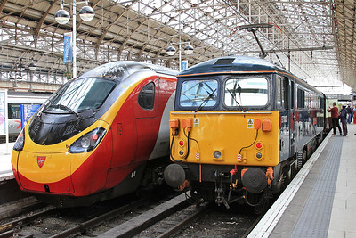 87002, Manchester Piccadilly, after arrival with 1Z94 - 30/04/16.