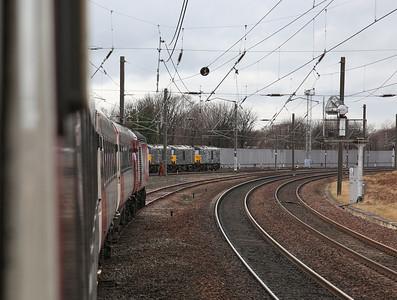 43300 approaching Craigentinny, 1Z40 - 18/03/17.