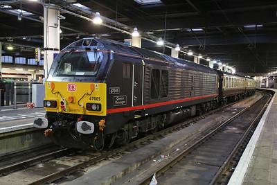 67005, London Euston, on rear of 1Z82 - 29/12/17.