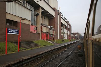 60017 heads 1Z26 past Old Trafford Station, 1Z26 - 16/12/17.