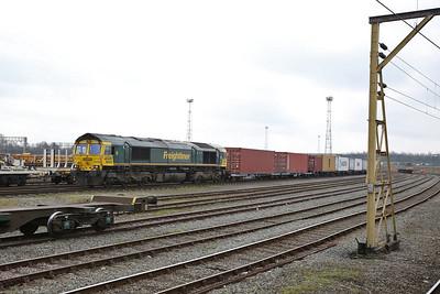 66955 arr Crewe Basford Hall, 4M21 03.15 Felixtowe North-Trafford Park Liner - 11/03/17.