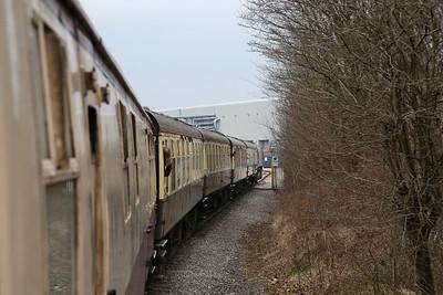 66125 takes 1Z32 through the gates to Bredbury Waste Terminal - 11/03/17.