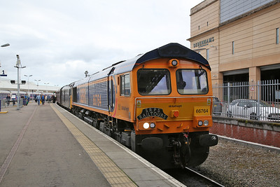 66764 / 73970, Inverness, on arrival with 1Z48 - 24/09/17
