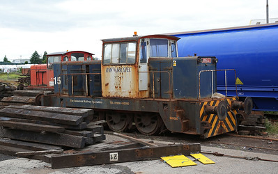 15 / H006 (HE 6294/1965) outside the Cobra depot - 21/07/18