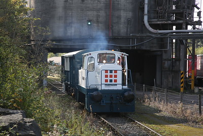 GECT 5396/1975 (No.10 'WINSTON) giving public rides inside Ribblesdale Cement Works - 30/09/18