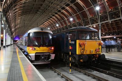 87002, London Paddington, 1Z11 ... alongside Heathrow EMU 332007 - 20/09/18