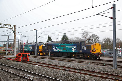 37609 & 37069, Nuneaton, being stabled here to work the return leg later - 10/02/18