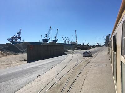 1Z25 in Hull Docks - 30/06/18