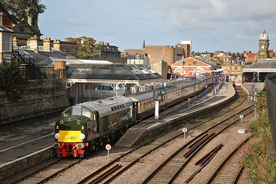40013, Scarborough, awaiting departure time for 1Z21 - 06/10/18