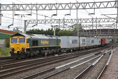 66514 passes Stafford, 4L93 08.25 Crewe Basford Hall-Felixtowe FLT - 01/06/19