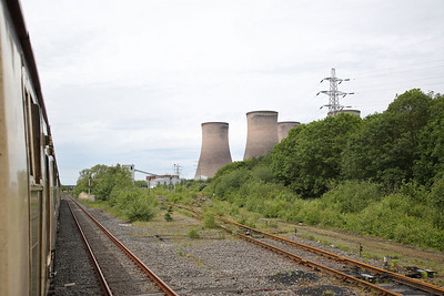 Passing the junction for Fiddlers Ferry P.S. - 01/06/19