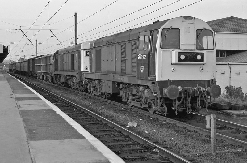 20192 and 20181 both still wear all their markings for Eastfield depot although I suspect they had been transferred by the time of this photograph at Warrington Bank Quay on 30 September 1985