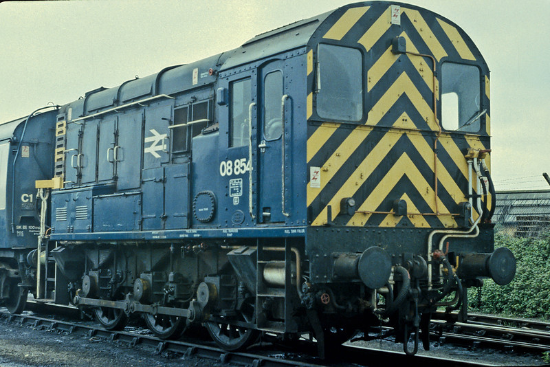 08854 goes about its duties in Fratton Yard in May 1984