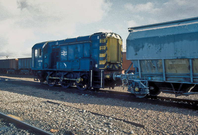 08728 was the duty engine for the wagon repair shop at Motherwell on 15 November 1986