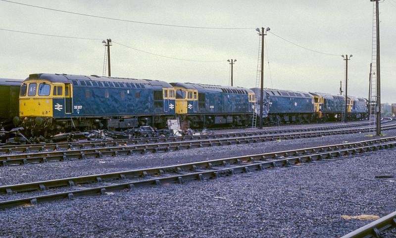 33207 + 33038 + 47282 Eastleigh 31 May 1986