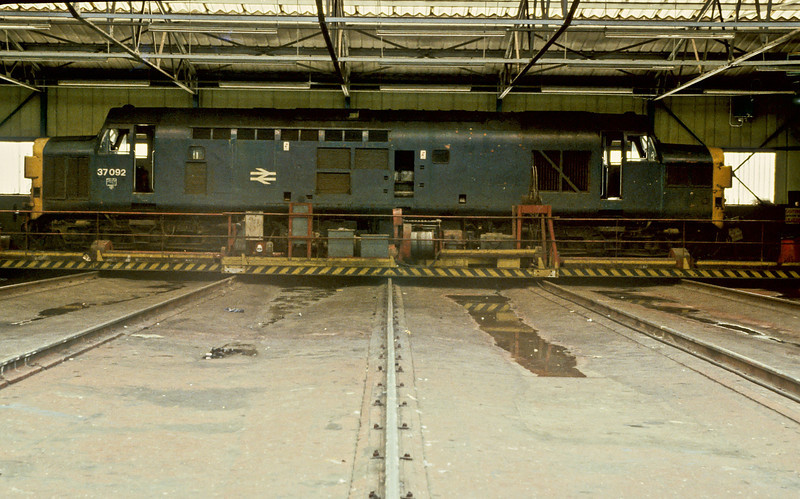 A visitor to the Works during the Open Day of 2 June 1984 37092 sits on the traverser at Crewe