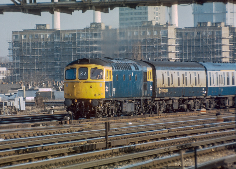 33061 Clapham Junction 20 January 1986
