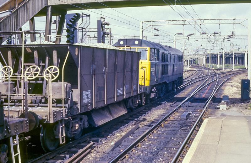 31237 Bescot 27 May 1986
