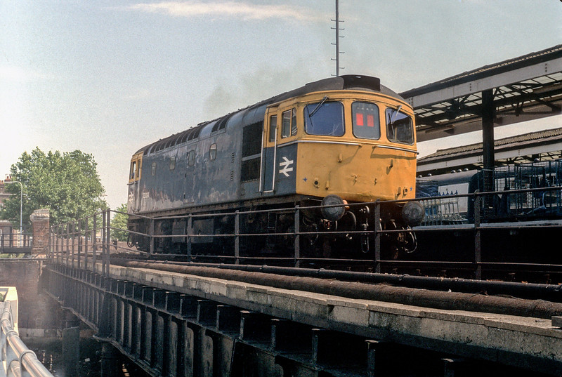 33024 Portsmouth Harbour 11 July 1980