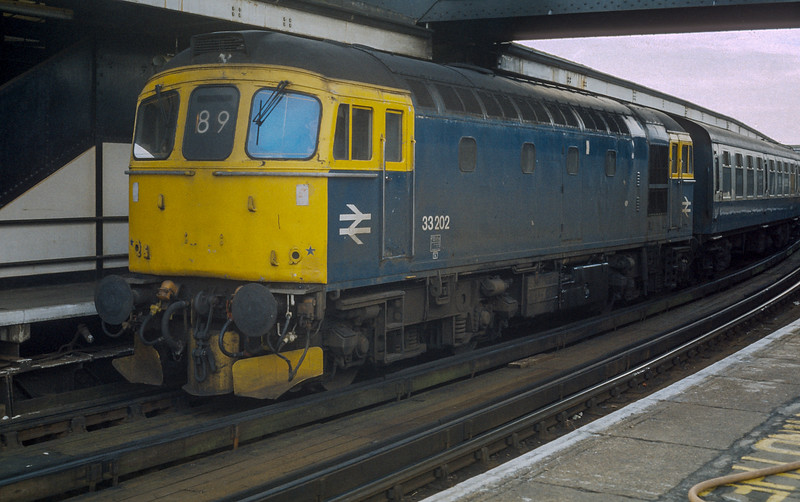 33202 Portsmouth Harbour 22 January 1986