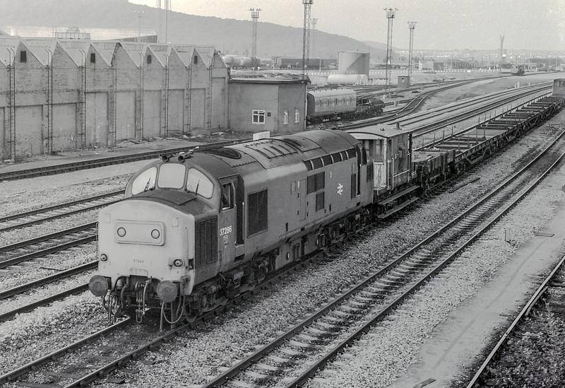 37286 Cardiff Canton 22 August 1983