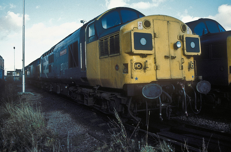 37326 'Glengarnock' sits at Motherwell TMD on 15 November 1986