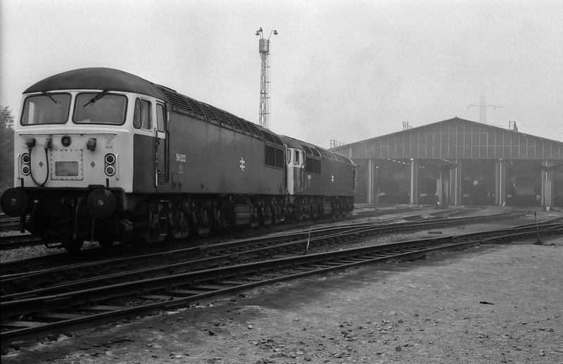 56022 and 56027 head toward the servicing shed at Tinsley on 29 September 1985