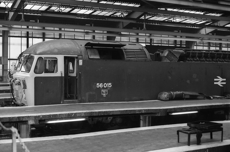 56015 is in for more than just 'oil and water' at Tinsley on 29 September 1985