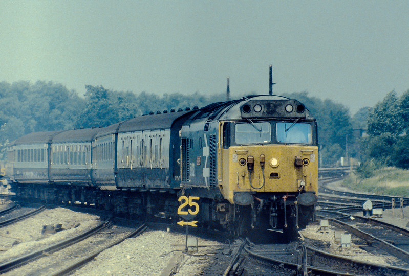 50032 brings its train out of the sidings at Oxford in preparation for its run to Paddington on 15 July 1983