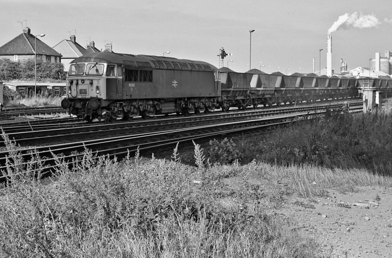 56002 approaches York with an MGR train on 2 October 1985