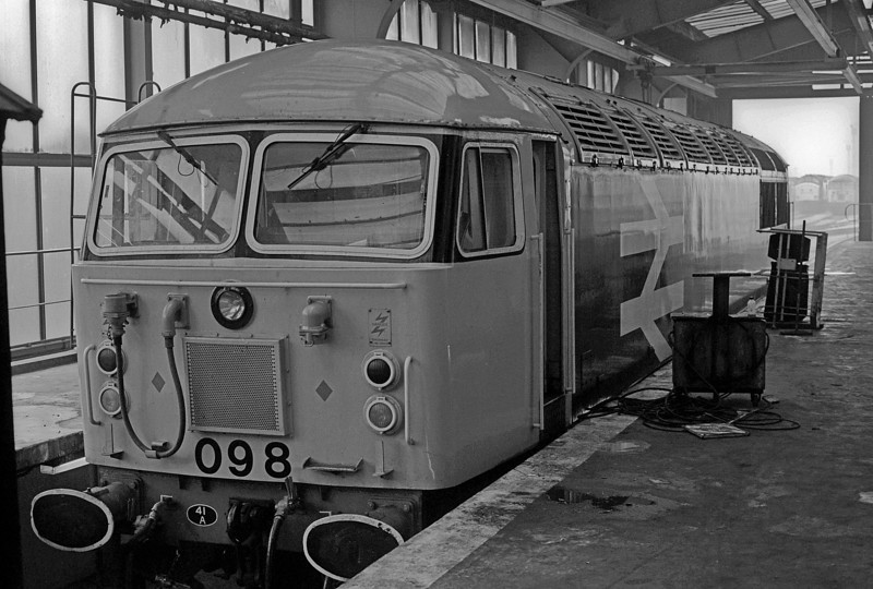 56098 was in the servicing shed at Tinsley on 29 September 1985