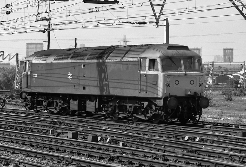 47569 runs through Stratford on 16 May 1986
