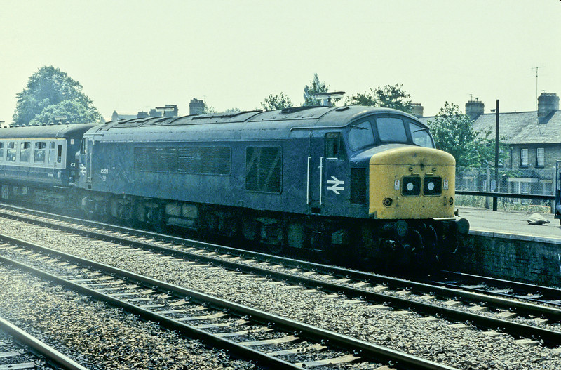 45128 pauses at Oxford on 15 July 1983