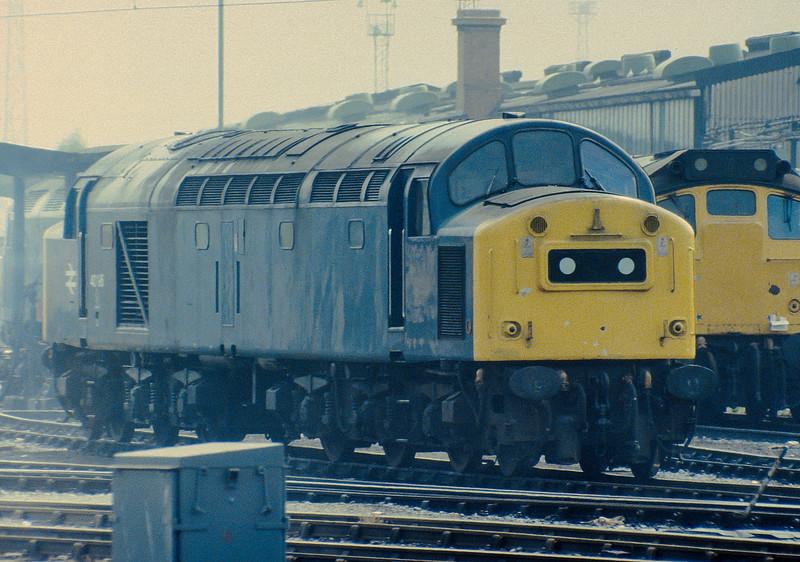 40195 Crewe 26 July 1983