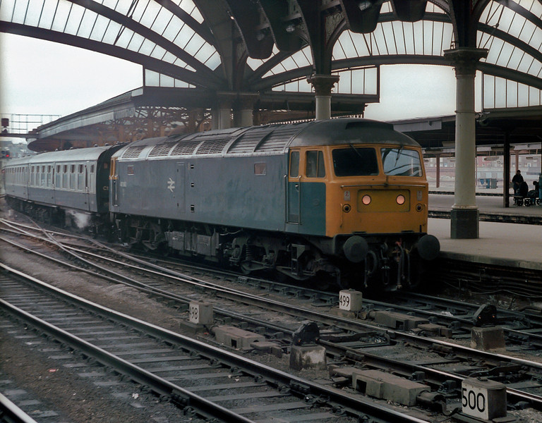 Pulling into York on 10 April 1982 is 47160, still with the steam heat working. The loco would be converted to 47605 and electric heat only in a couple of years time
