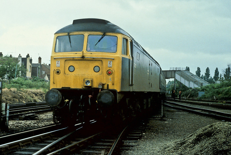 47432 is at the rear of the empty stock from Portsmouth Harbour at Fratton Yard in May 1984