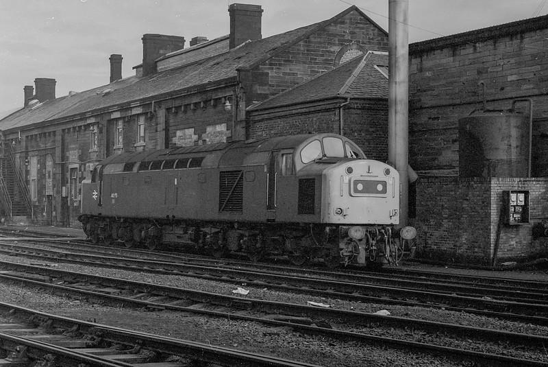 40155 waits at Motherwell TMD on 27 November 1982