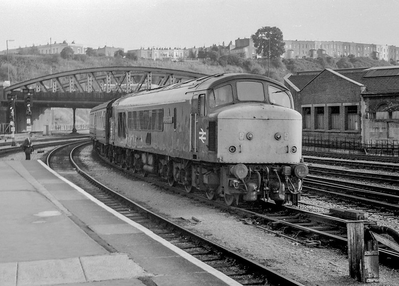 45112 Bristol Temple Meads 22 August 1983