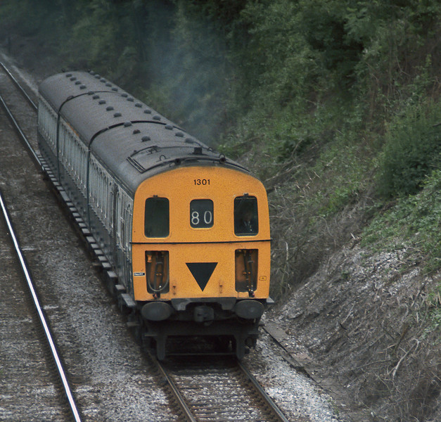 Class 207 DEMU 1301 approaches Fareham with a service from Eastleigh in June 1985