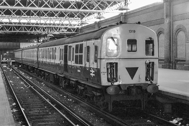 1319 London Bridge 6 February 1984