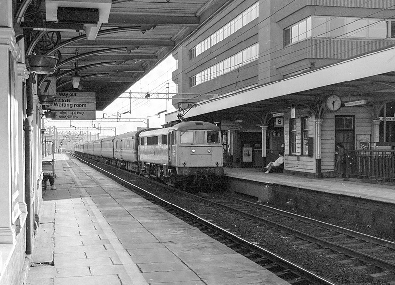 86254 Watford Jn. 20 February 1987