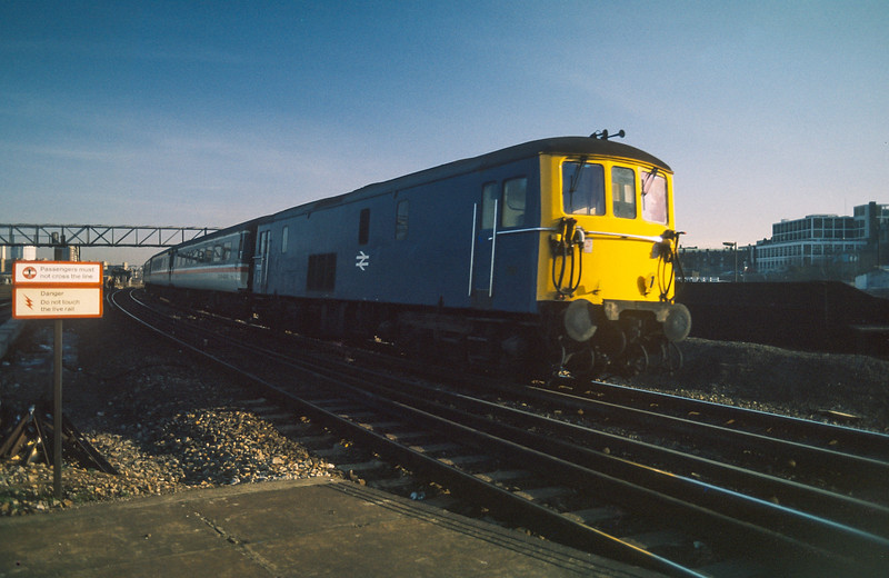 73111 Clapham Junction 20 January 1986