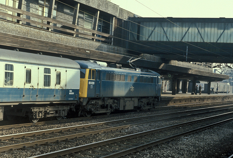 85028 pulls into the up platform at Stafford on 5 February 1985