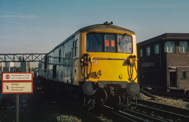 73129 Clapham Junction 23 January 1986