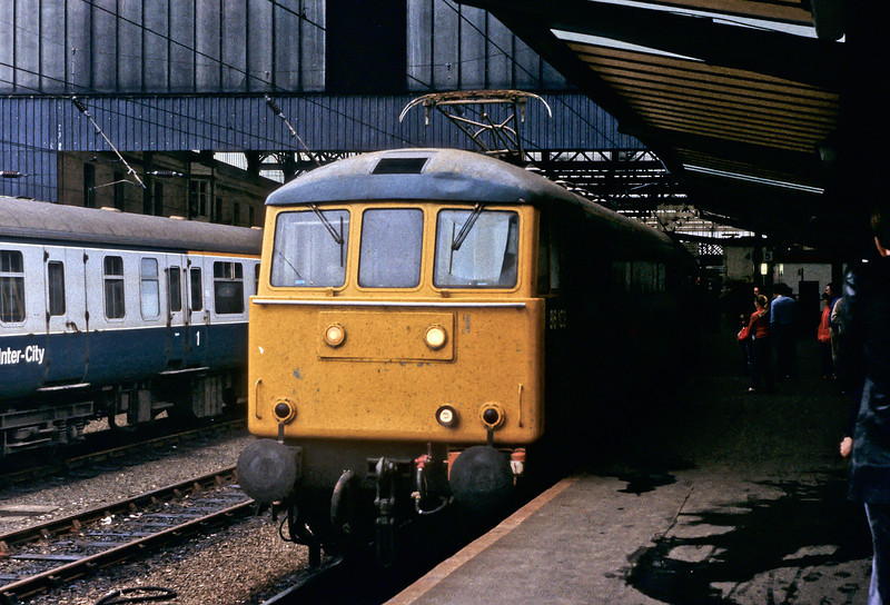 86103 waits for departure time at Carlisle on 29 October 1982