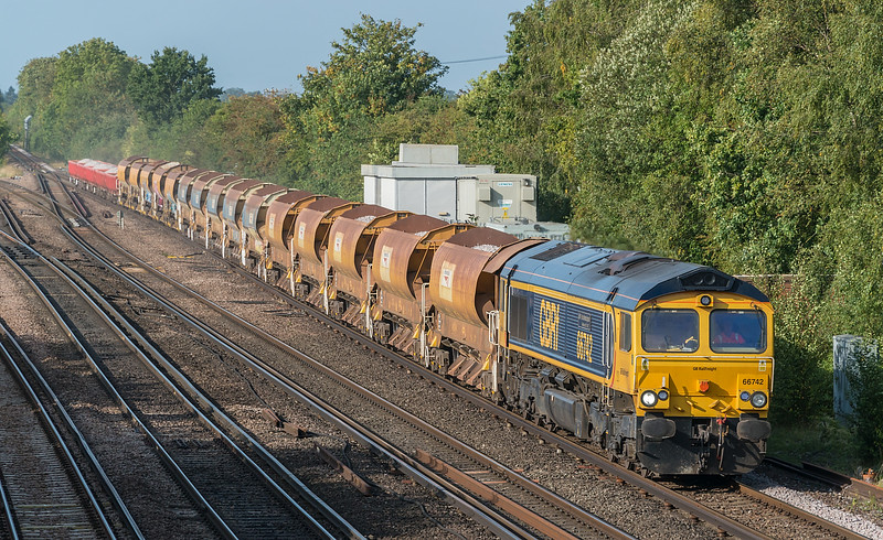 66742 with 6Y48 Eastleigh to Hoo Jn.<br /> Worting Junction 17 September 2020