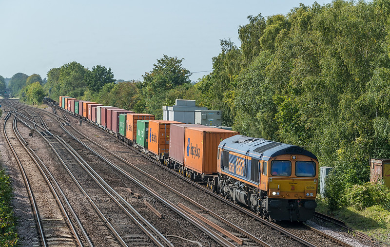 66766 4M19 Southampton W Docks to East Midlands Gateway<br /> Worting Junction 17 September 2020