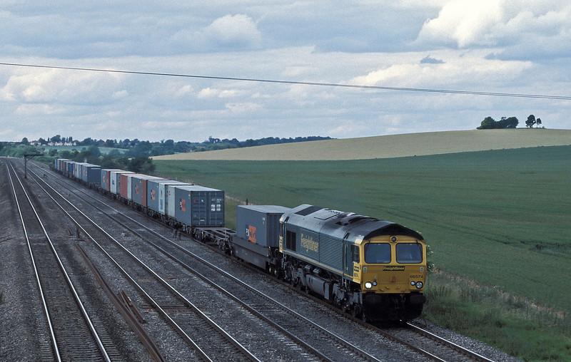 66574 passes Cholsey on 18 June 2004