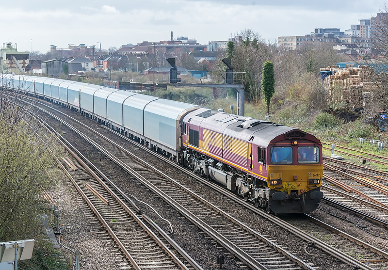 66122 St Denys 4 March 2014